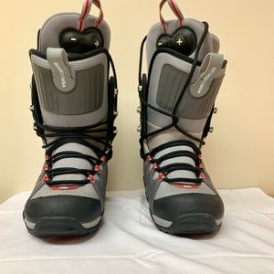 DC Radian Snowboard Boots SIZE 8.5 White, Gray